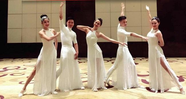 Cho thuê đầm váy múa trắng giá rẻ