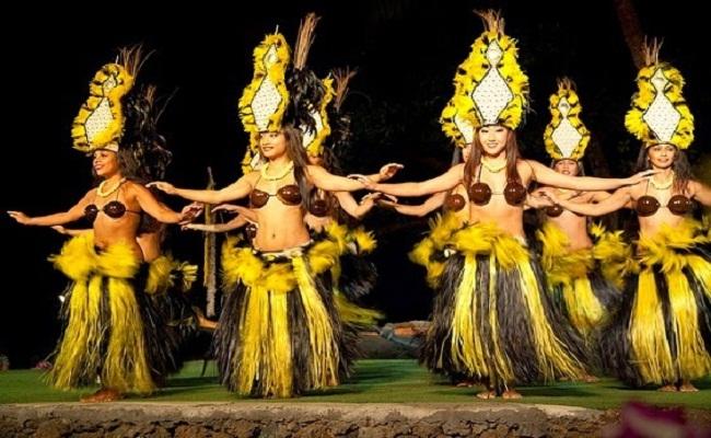 Cho thuê trang phục Hawaii