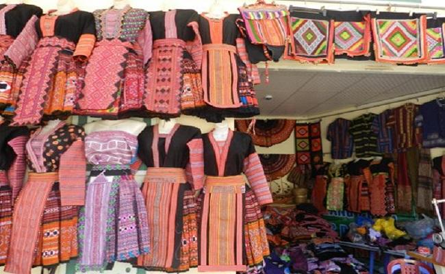 Địa điểm cho thuê quần áo dân tộc