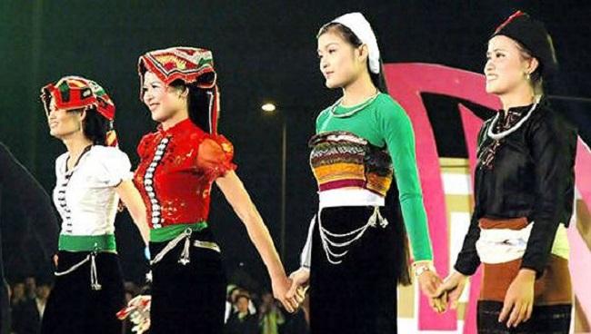 Một số trang phục truyền thống dân tộc đẹp của Việt Nam