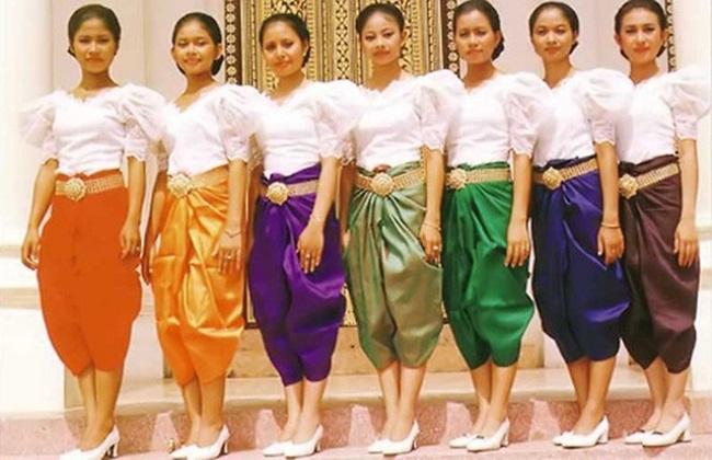 Trang phục truyền thống dân tộc Khmer