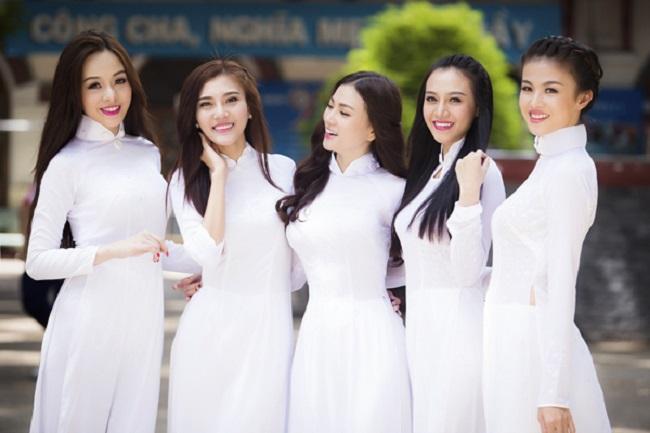 Trang phục truyền thống ba miền Việt Nam