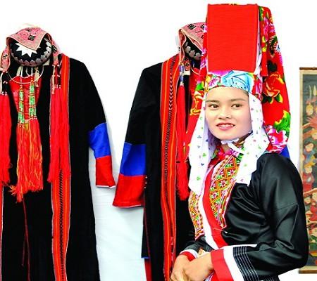 Ý nghĩa trang phục truyền thống dân tộc Dao Đỏ